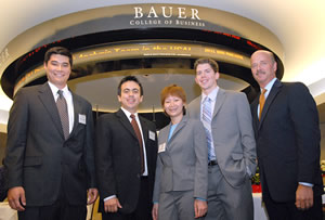 2008 IRC-Texas Winners and Regional finalists: The University of Houston pictured with Men's Wearhouse CFO Neill Davis.